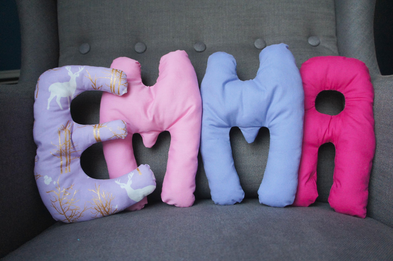 Petits coussins prénom pour Emma