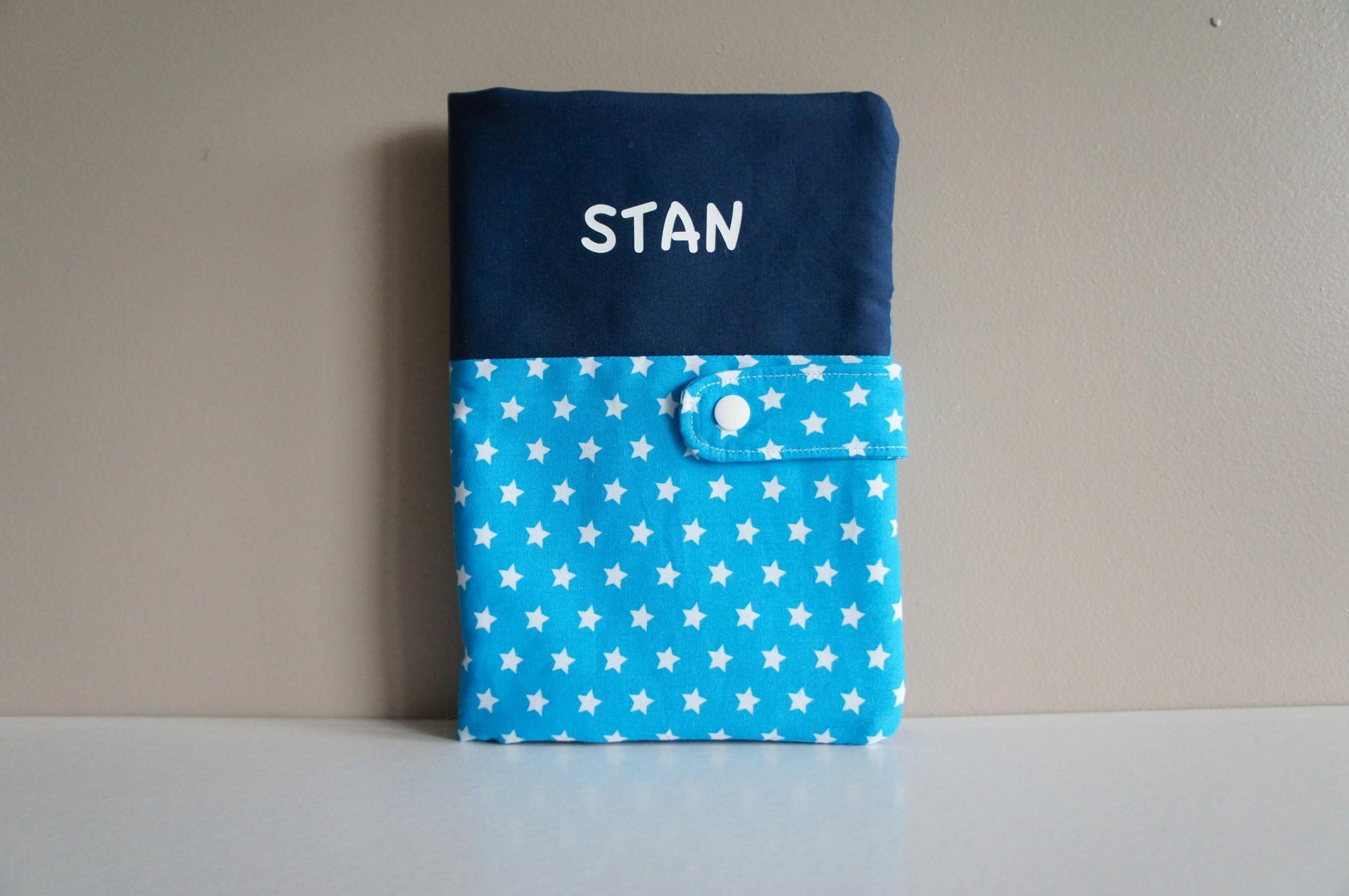 Protège carnet de santé pour Stan